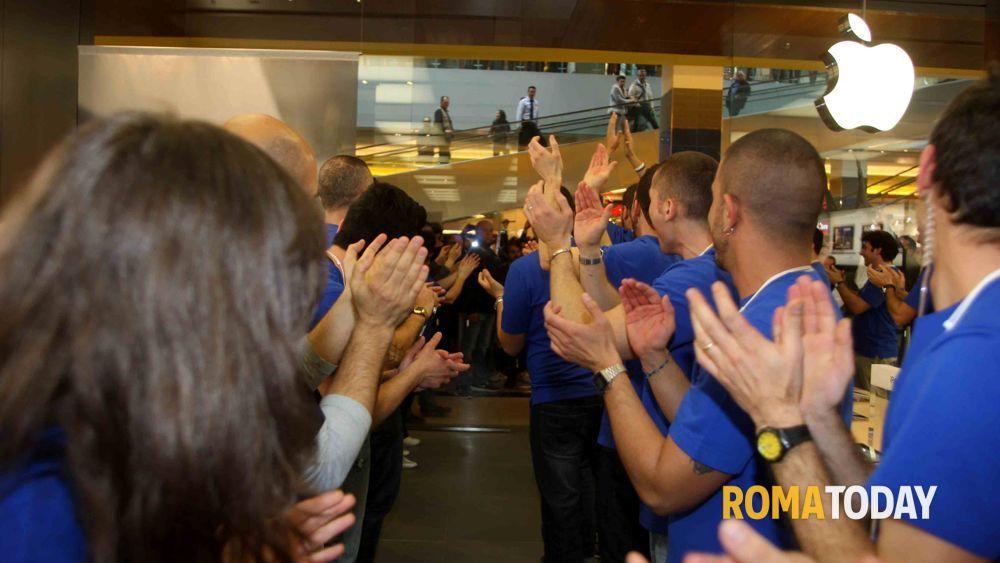 Apertura nuovo apple store a porta di roma sabato 21 - Porta di roma apertura ...