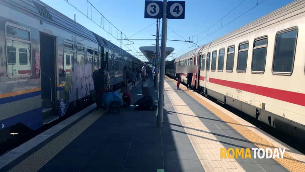 Incidente Maccarese, uomo investito da un treno: bloccati ...