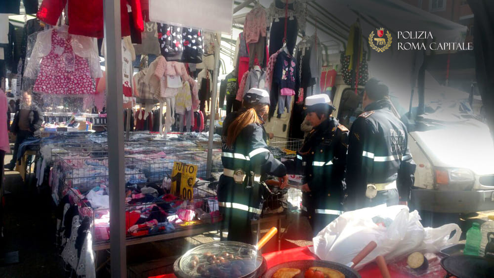 Venditori abusivi a porta portese vendeva pellicce usate - Porta portese offerte lavoro roma ...