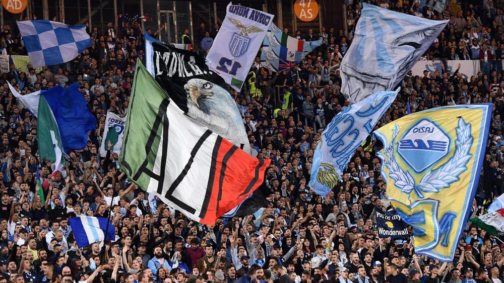 Saluti romani in Curva Nord: la Lazio chiede risarcimento ai tifosi