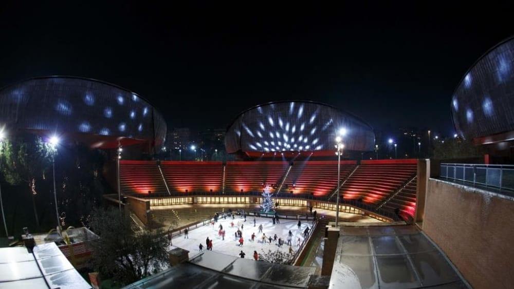L'Auditorium come Rockefeller Center: ecco la pista di pattinaggio sul ghiaccio