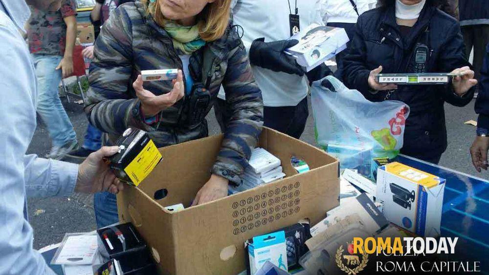 Mercato porta portese sequestrati prodotti contraffatti - Porta portese offerte lavoro roma ...