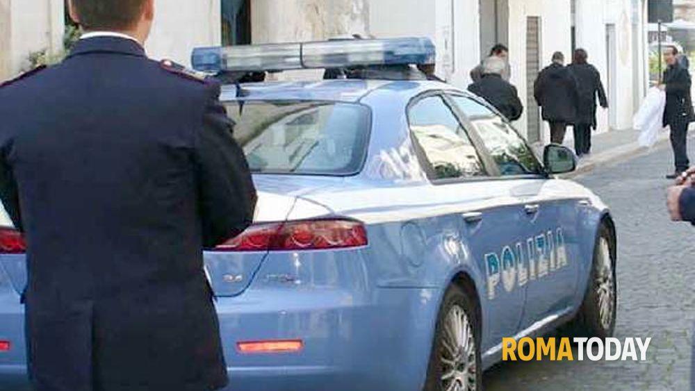 Arrestato Avvocato: pratiche irregolari per permessi di soggiorno