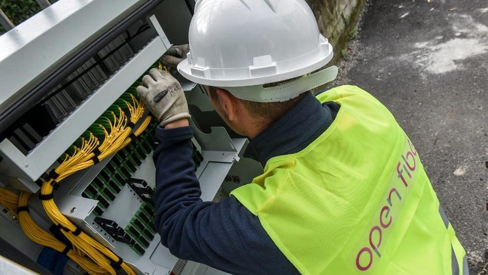 La fibra ultraveloce Open Fiber disponibile da subito a Pomezia e Aprilia