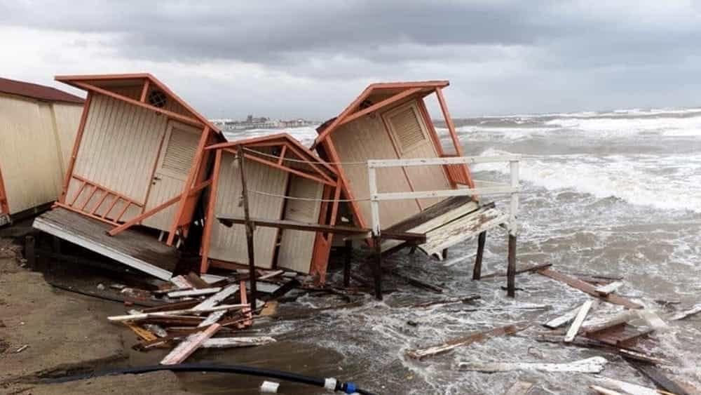 Maltempo sul litorale: a Pomezia scuole chiuse lunedì 18 novembre - RomaToday