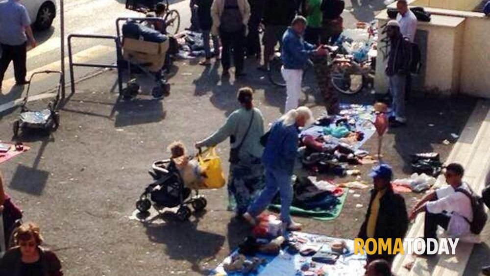 Il mercato abusivo di centocelle foto a moriconi - Mercatino di campagnano ...
