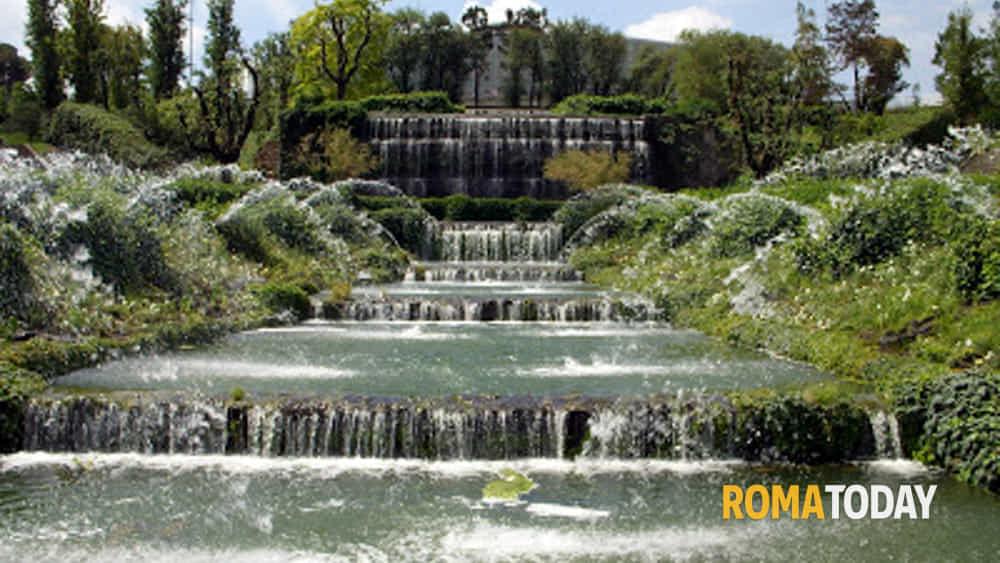 Cascata Da Giardino Moderna : Il u cgiardino delle cascateu d al quartiere eur