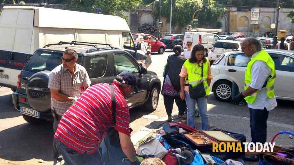 Porta portese contrasto all 39 abusivismo commerciale - Porta portese offerte lavoro roma ...