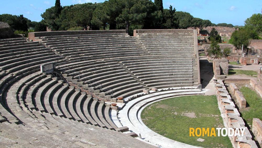 Teatro romano di ostia antica programma luglio 2011 for Programma arredamenti ostia