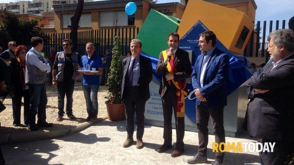 Inaugurata la casa dell 39 acqua anche il municipio iv ha un nasone hi tech - Giusta pressione dell acqua in casa ...