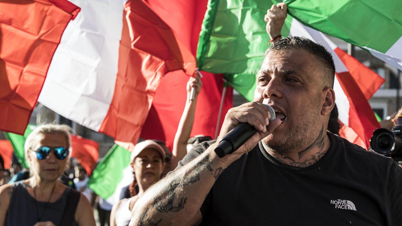 La guerriglia di Roma si sposta sul web: hackerato sito della Cgil,  sequestrato quello di Forza Nuova
