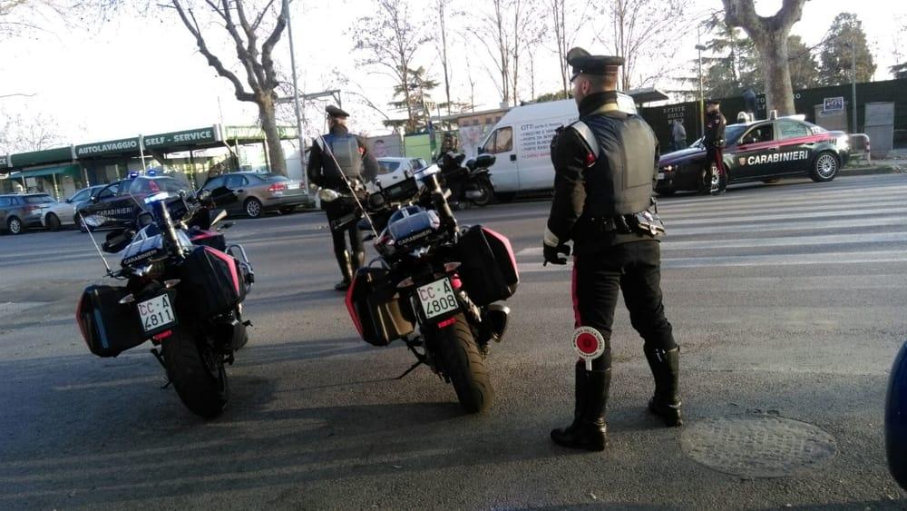 Porta portese controlli dei carabinieri 4 arresti e 6 - Porta portese lavoro pulizie ...