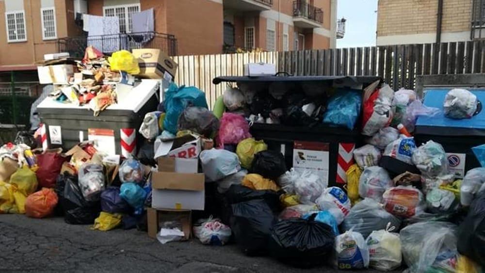 """Emergenza rifiuti nel VI municipi, l'assessora Ziantoni: """"Disagi dovuti ai problemi di Ama"""""""